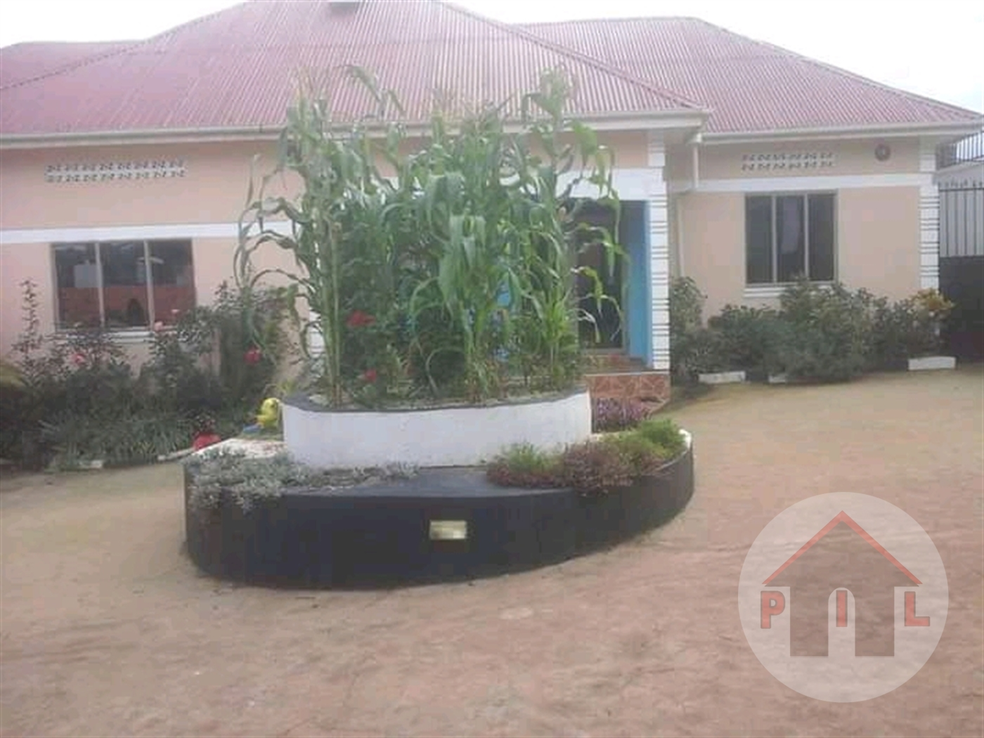 Bungalow for sale in Kasanjje Wakiso