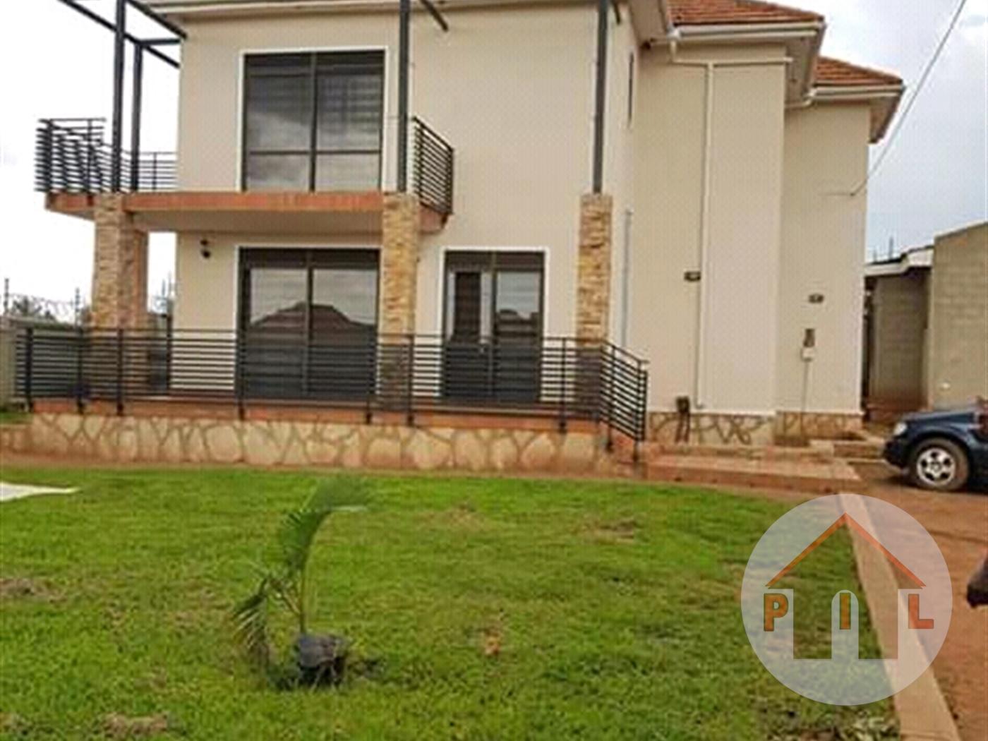 Storyed house for sale in Kasanganti Wakiso