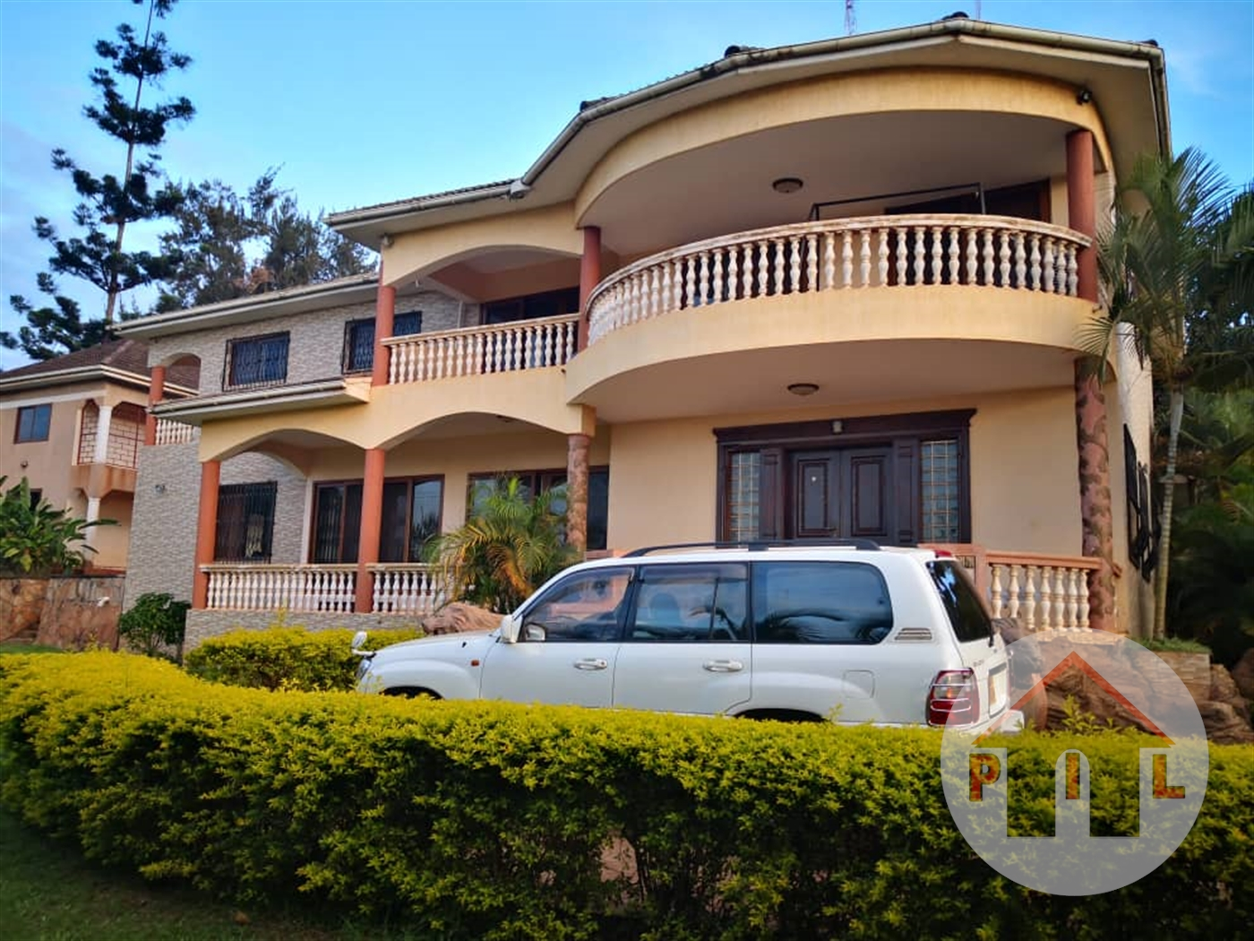 Mansion for sale in Naguru Kampala