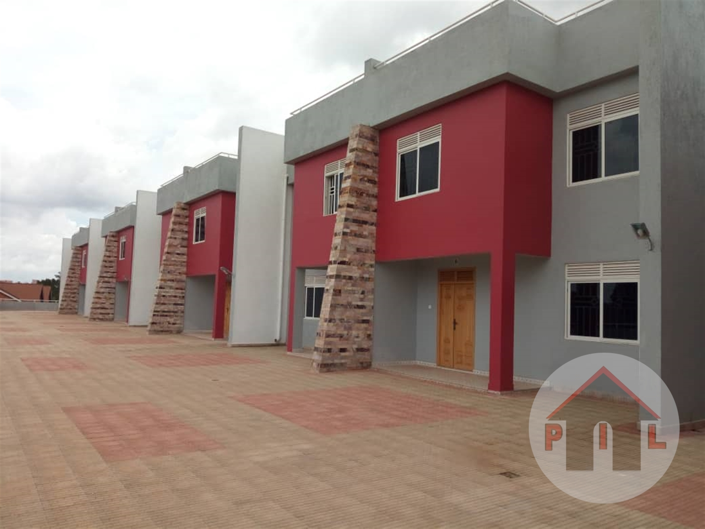 Town House for sale in Bukoto Wakiso