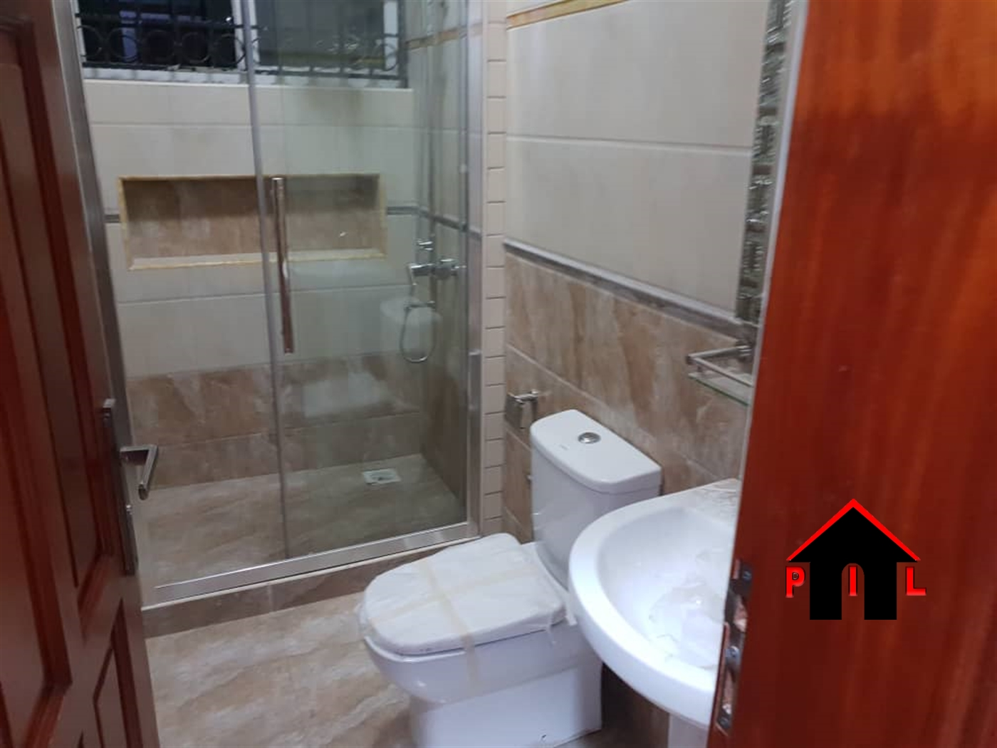 Storyed house for sale in Busukuma Wakiso