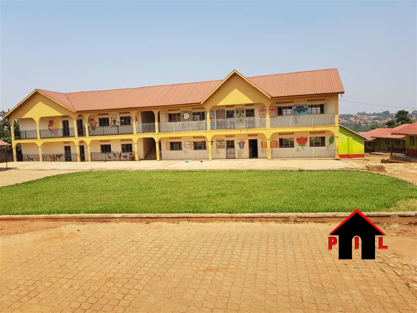 School for sale in Seeta Mukono
