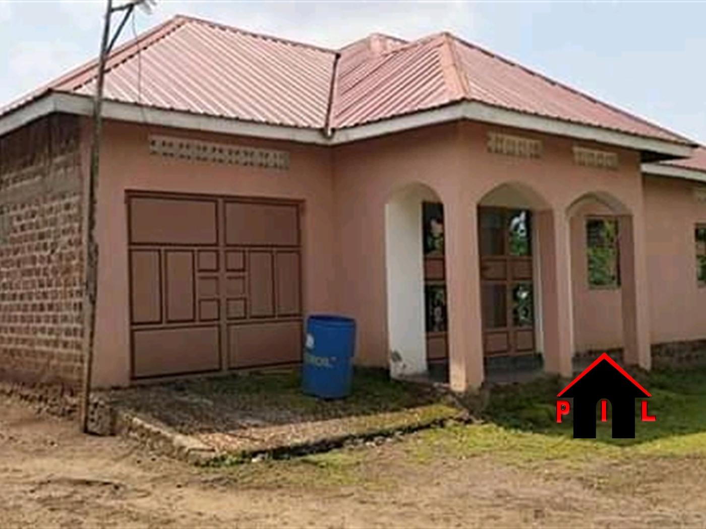 Bungalow for sale in Janda Wakiso