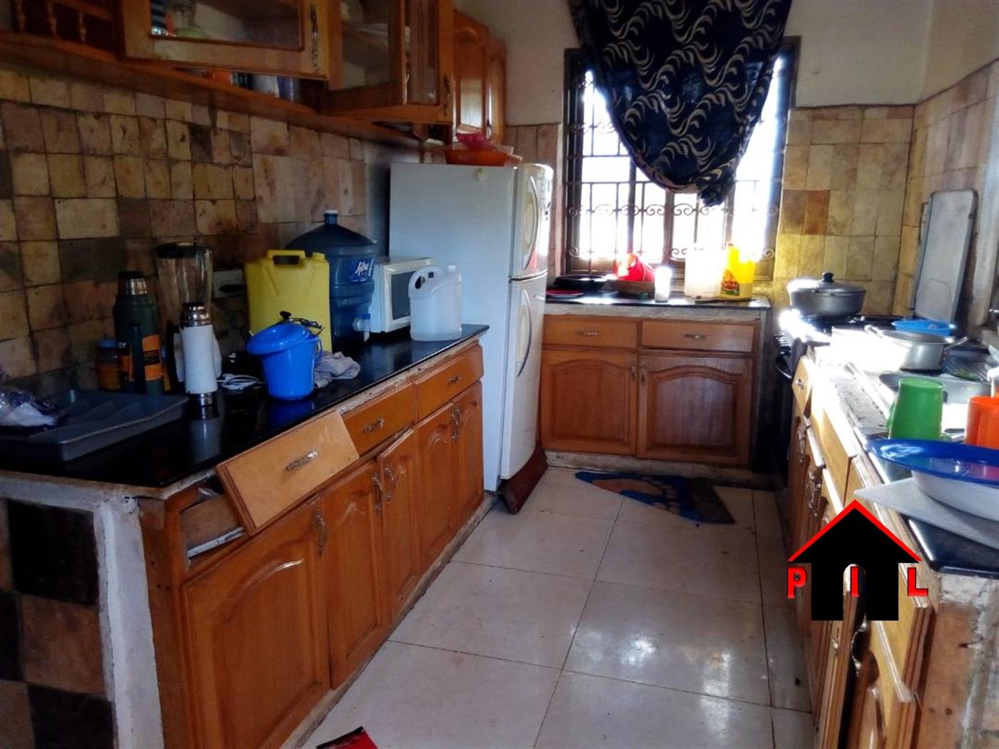 Mansion for sale in Maya Masaka