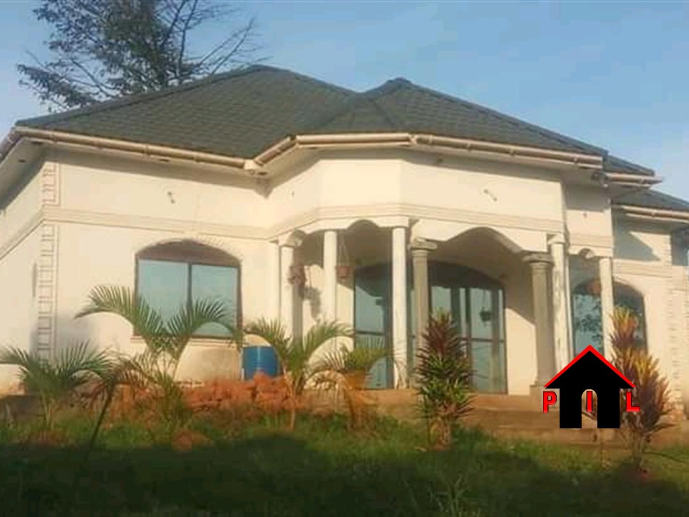 Bungalow for sale in Nakwero Wakiso