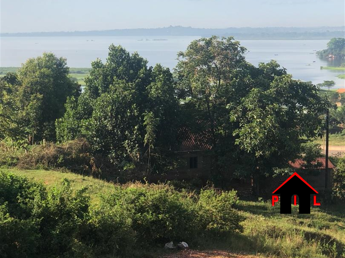 Mansion for sale in Kigo Wakiso