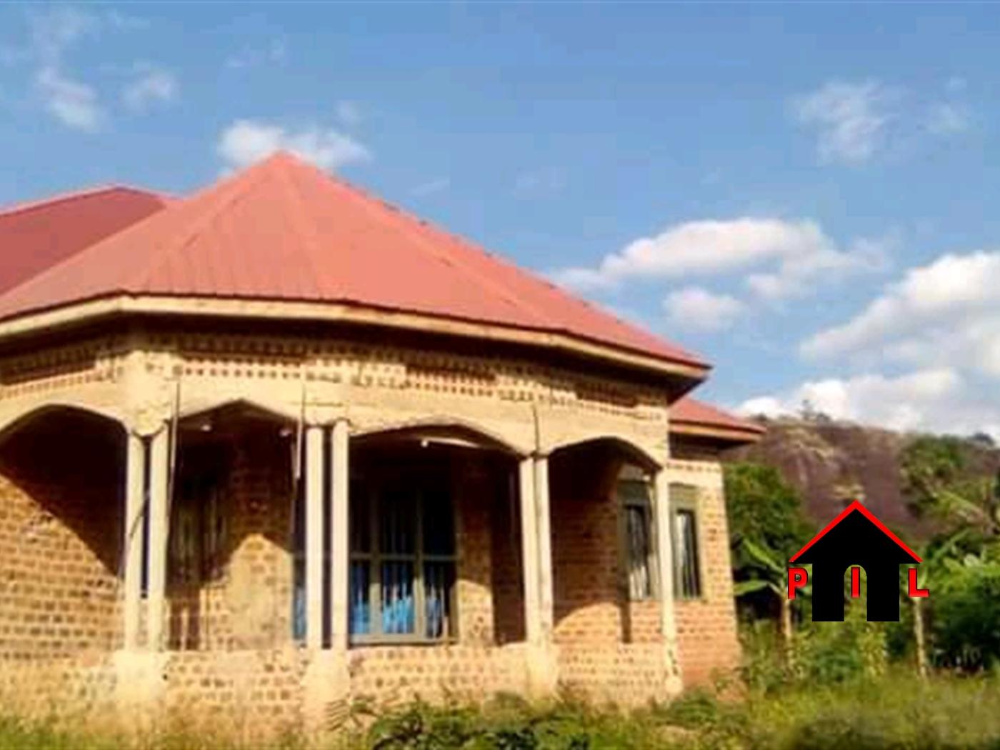 Bungalow for sale in Nakasajja Wakiso