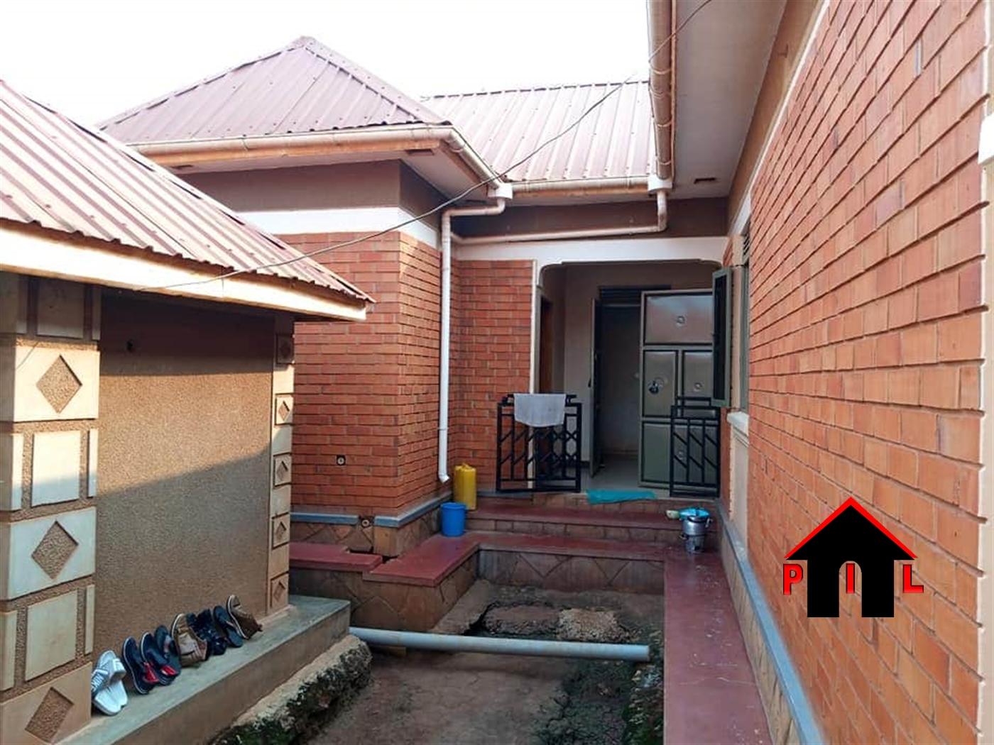 Bungalow for sale in Kiwango Wakiso
