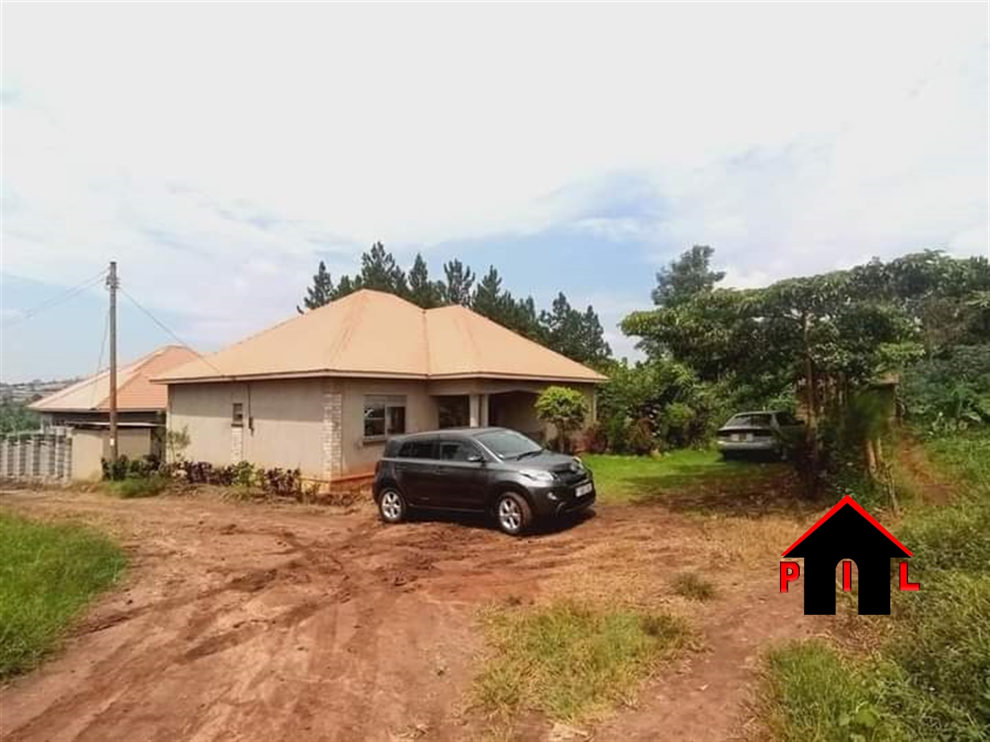 Bungalow for sale in Sentema Wakiso