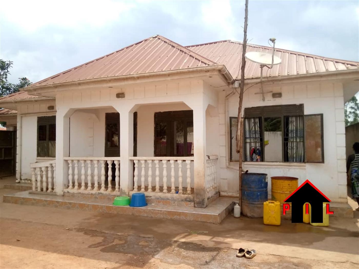 Bungalow for sale in Gayaz Wakiso
