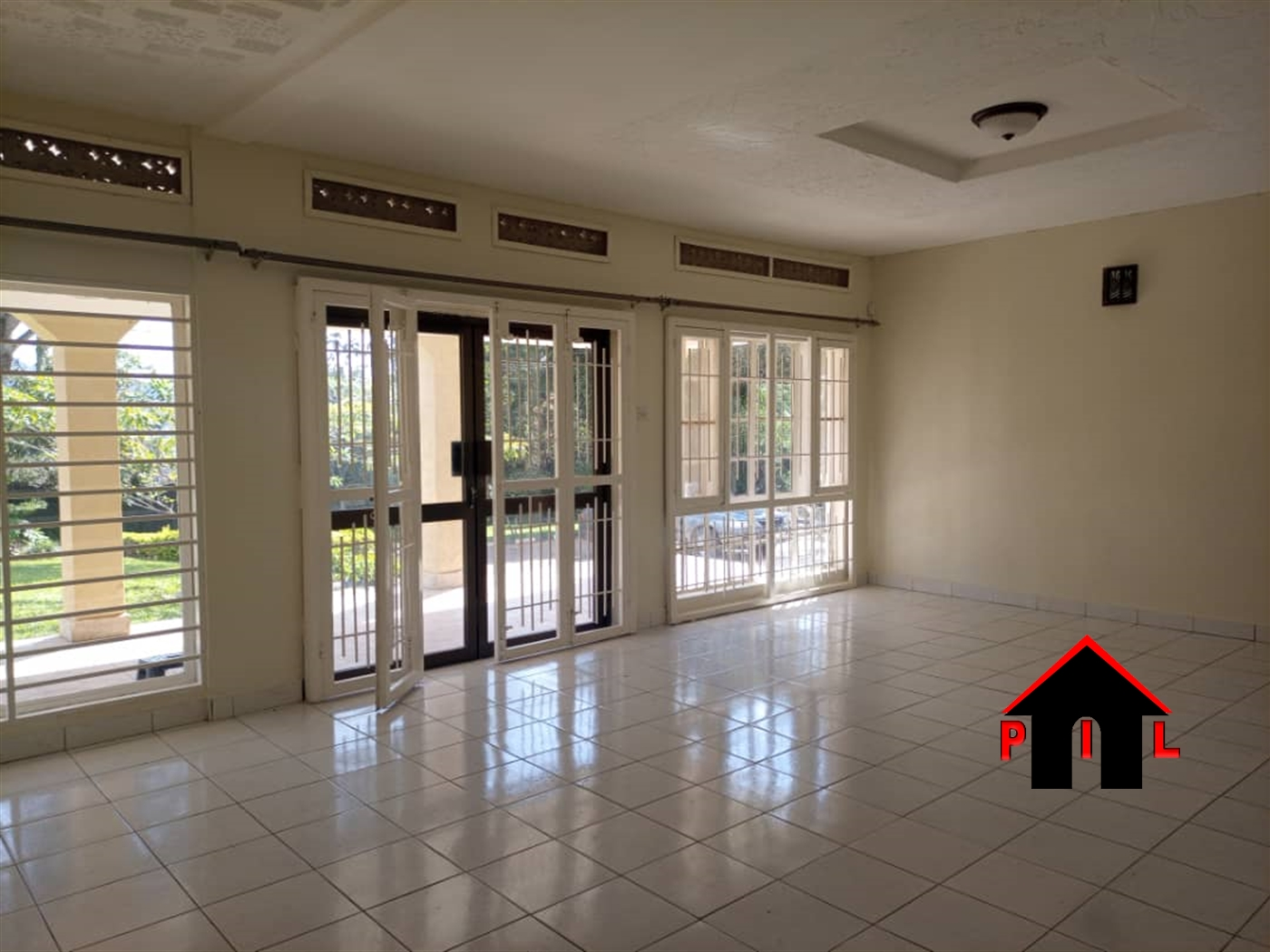 Bungalow for rent in Mengo Kampala