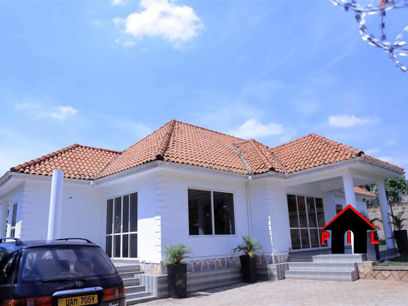 Bungalow for rent in Kiwatule Wakiso