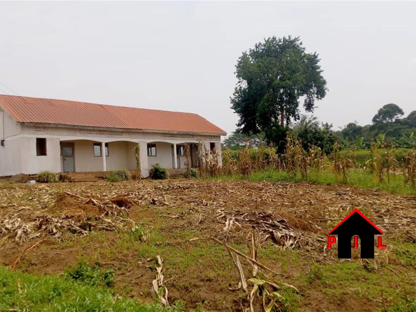 School for sale in Ssanga Wakiso
