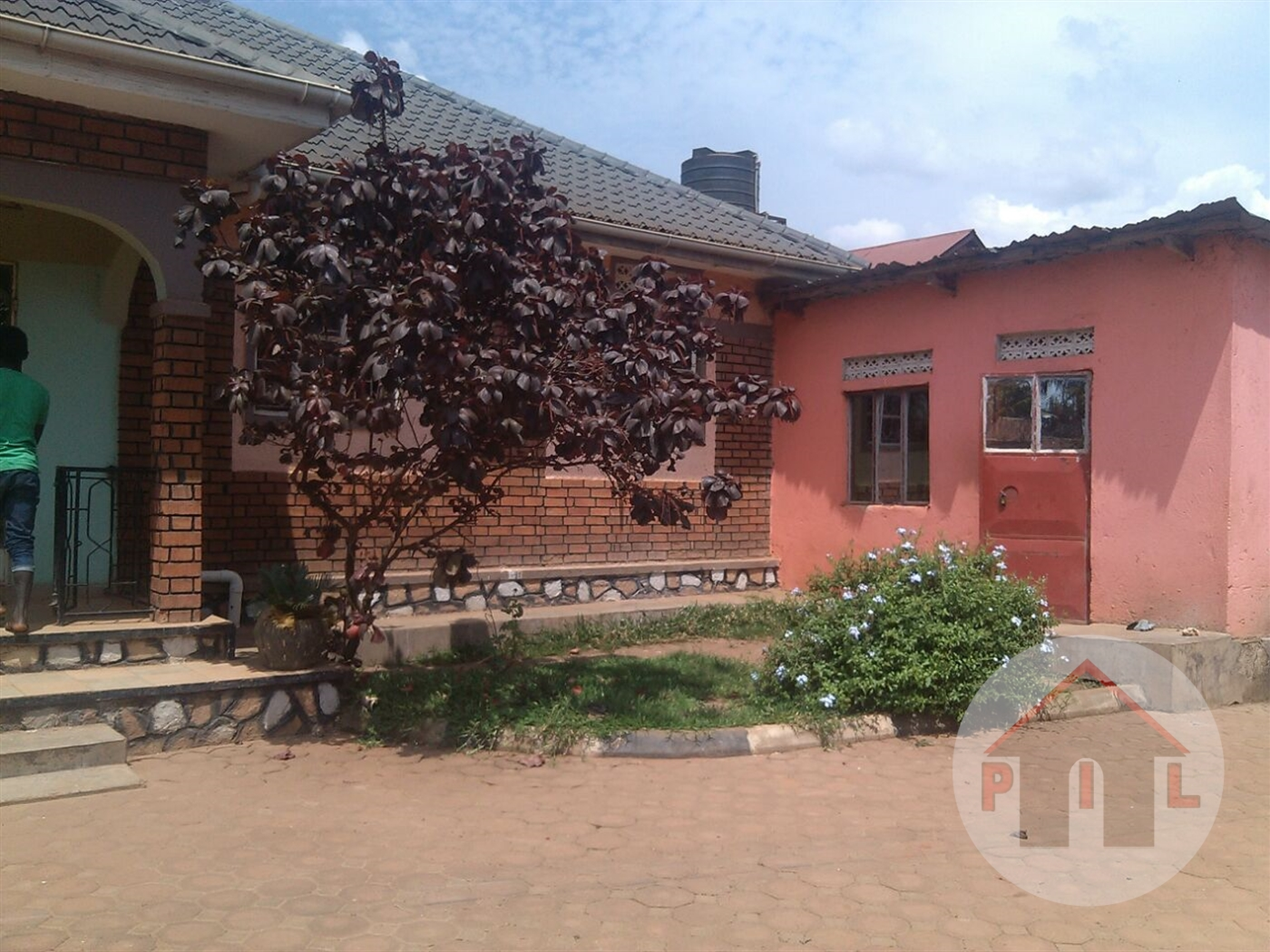 Bungalow for sale in Kazo Wakiso