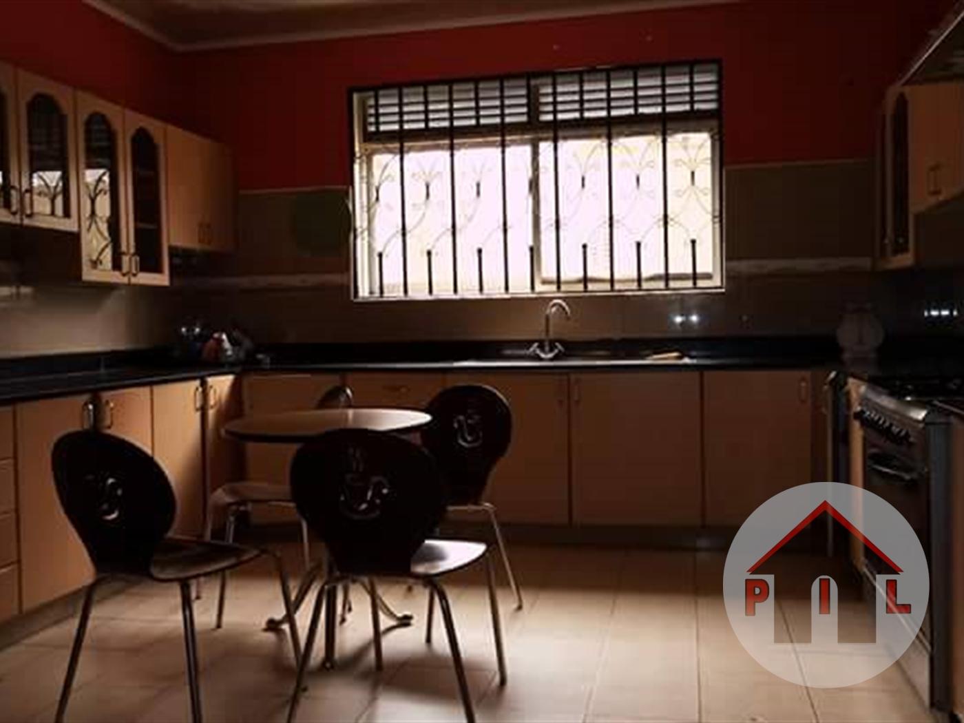 Mansion for sale in Kyaliwajala Wakiso