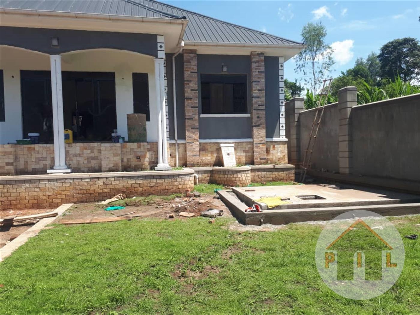 Bungalow for sale in Kijabijo Wakiso