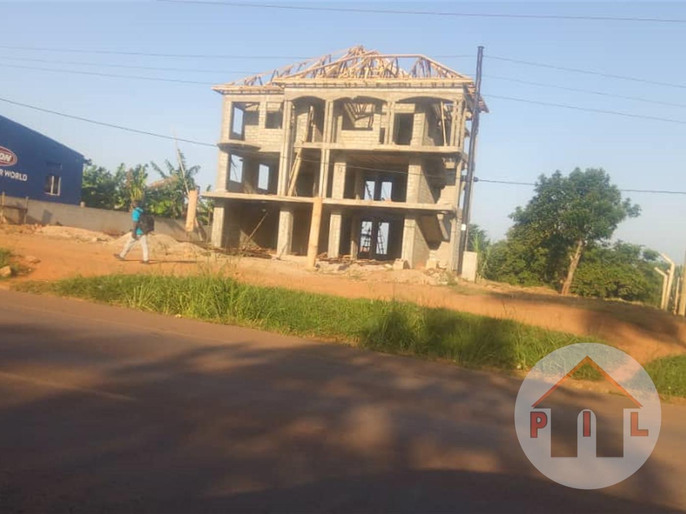 Commercial block for sale in Bwebajja Wakiso