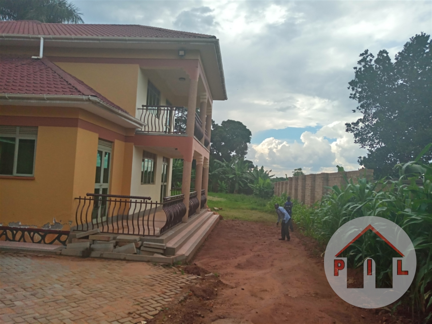 Mansion for sale in Makindye Kampala