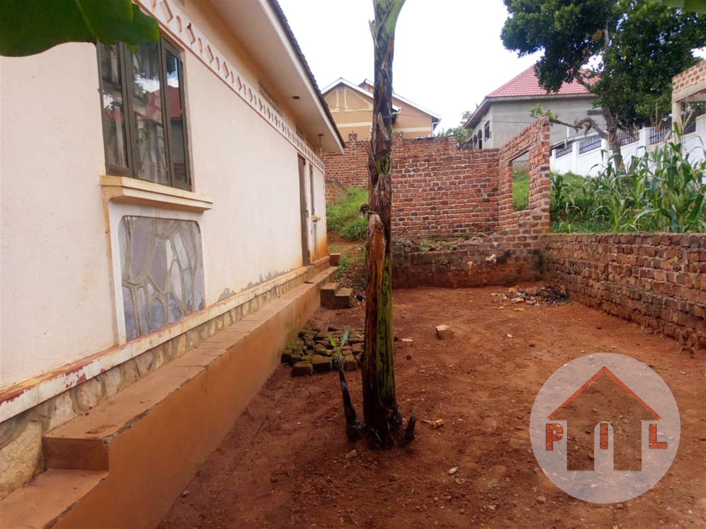 Bungalow for sale in Namyoya Mukono