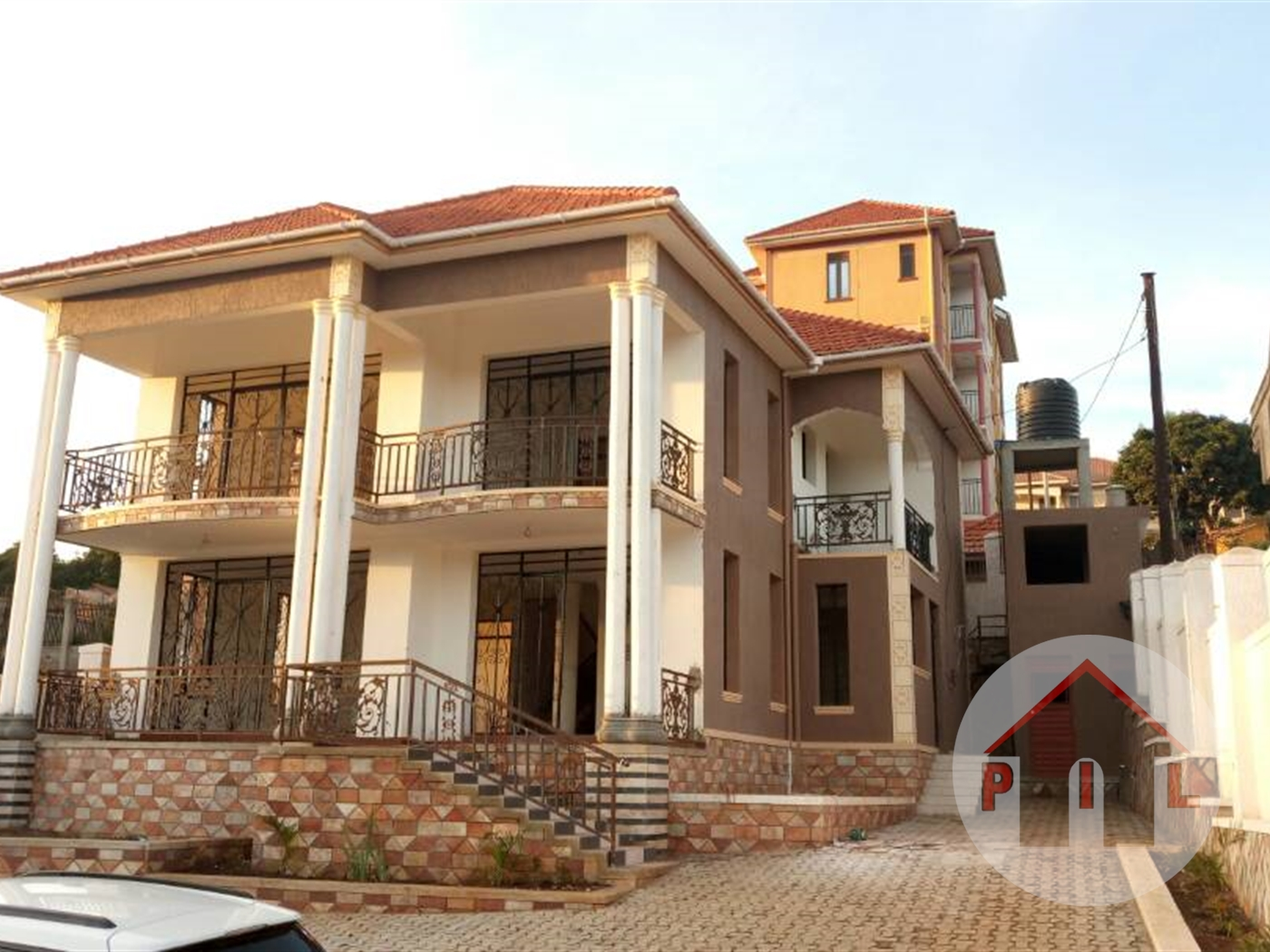 Mansion for sale in Kyanja Wakiso