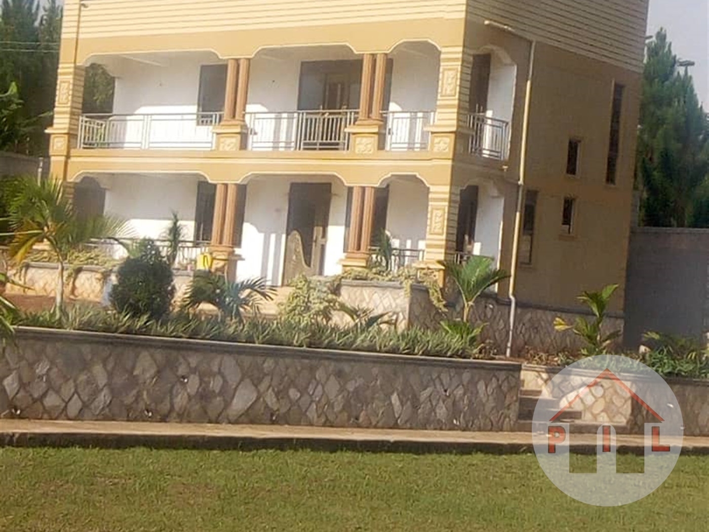Apartment for sale in Town Mukono
