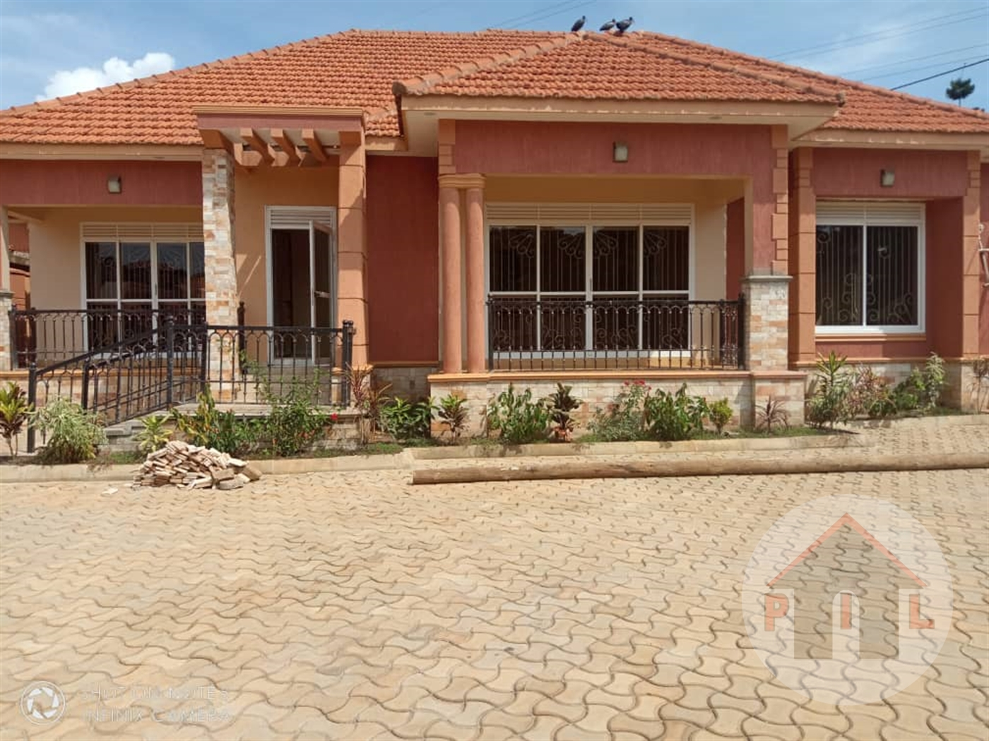 Bungalow for sale in Kyaliwajala Wakiso