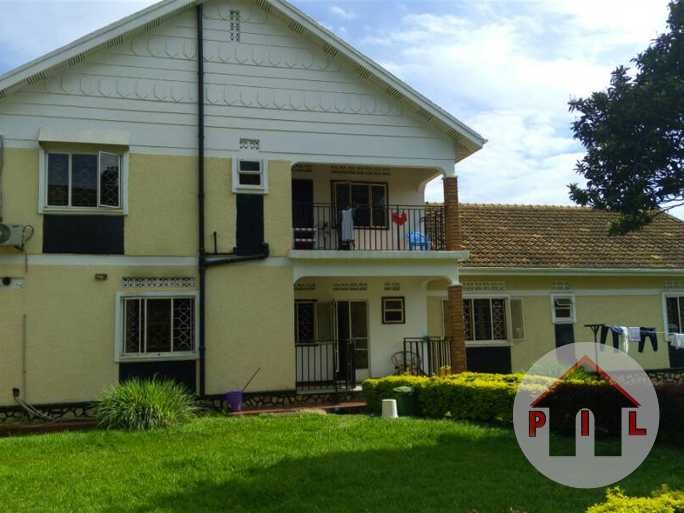 Town House for sale in Bugolobi Kampala