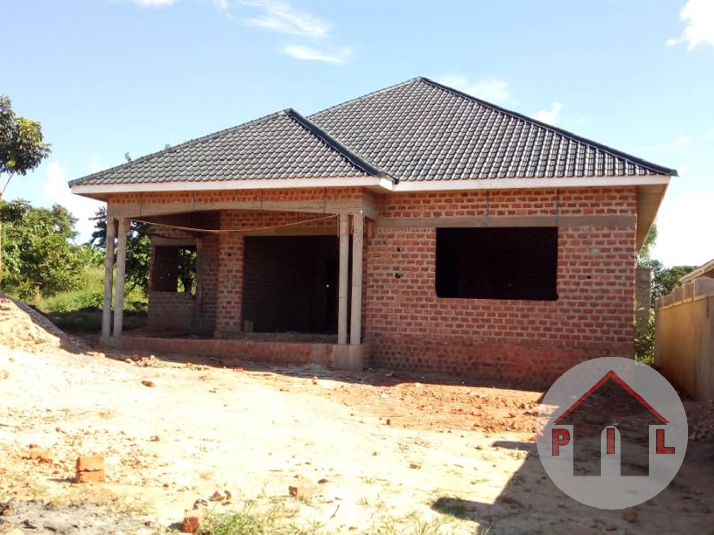 Shell House for sale in Namugongo Wakiso