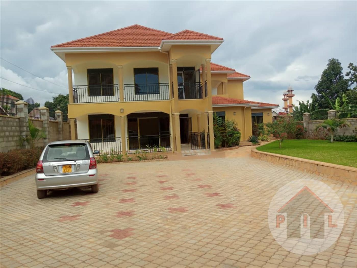 Bungalow for sale in Munyonyo Kampala