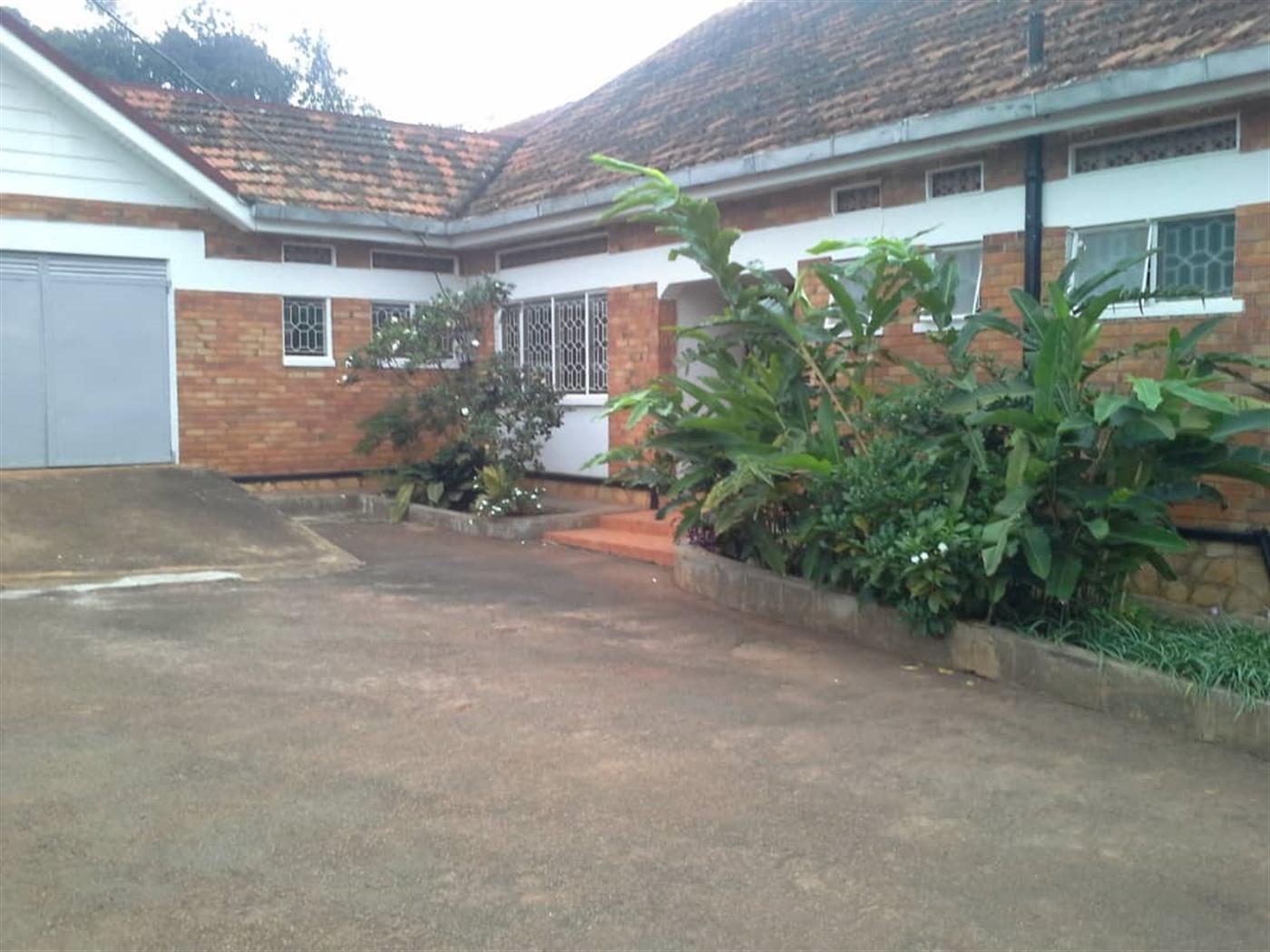 Bungalow for sale in Kawuku Kampala