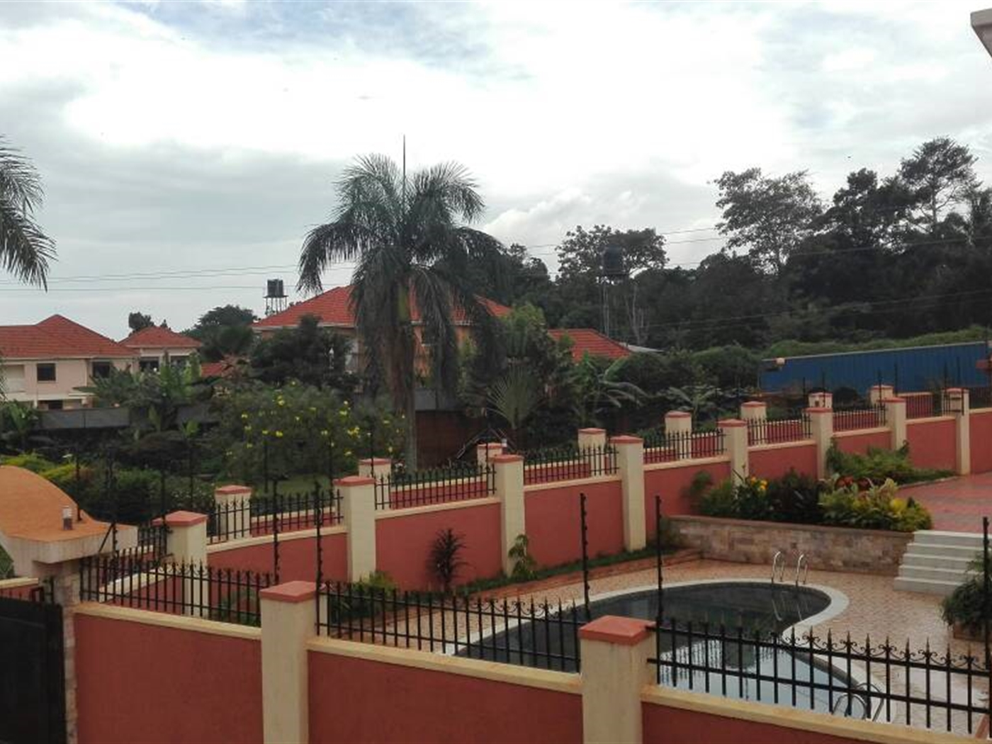 Mansion for sale in Kawuku Kampala