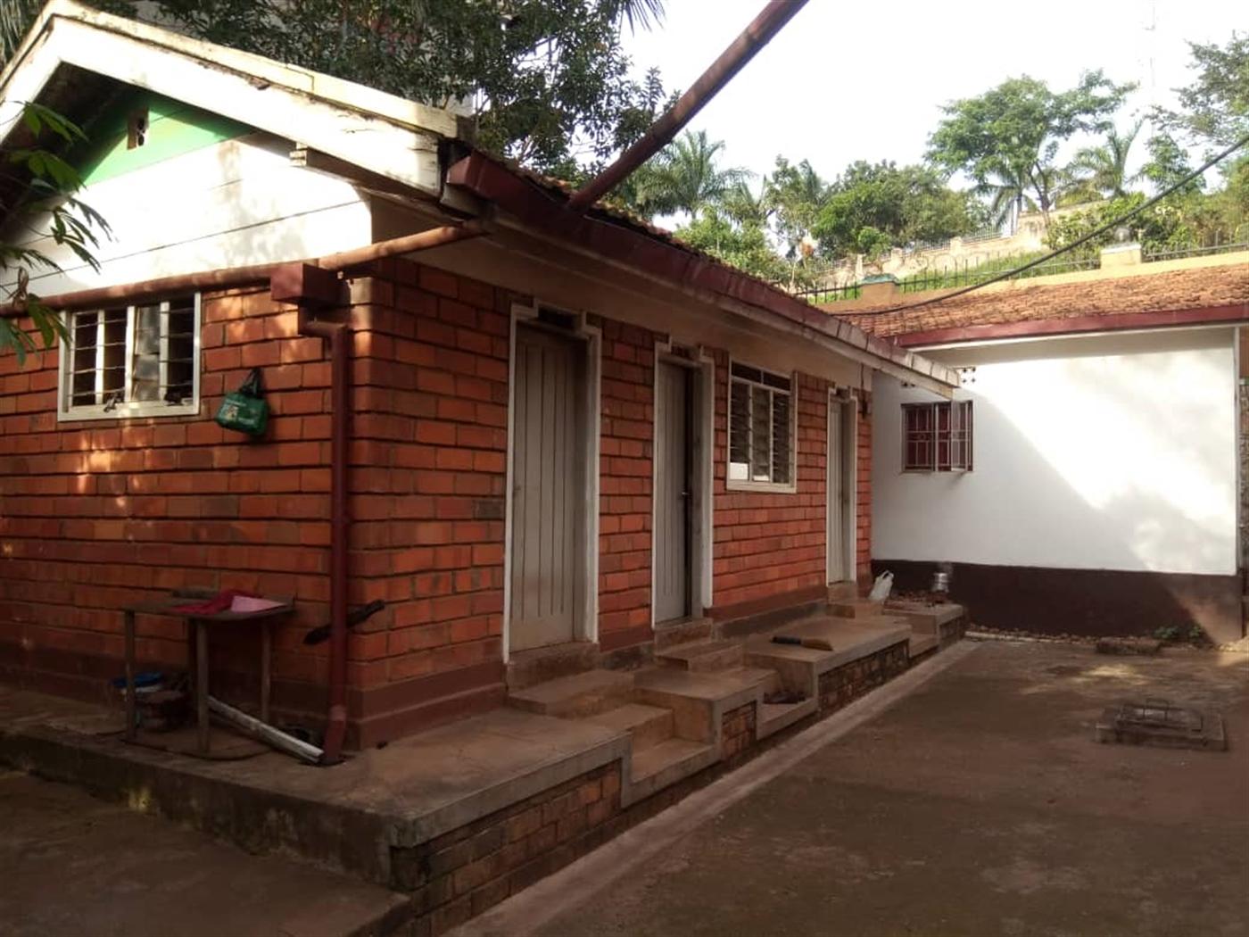 Bungalow for sale in Kanyanya Kampala