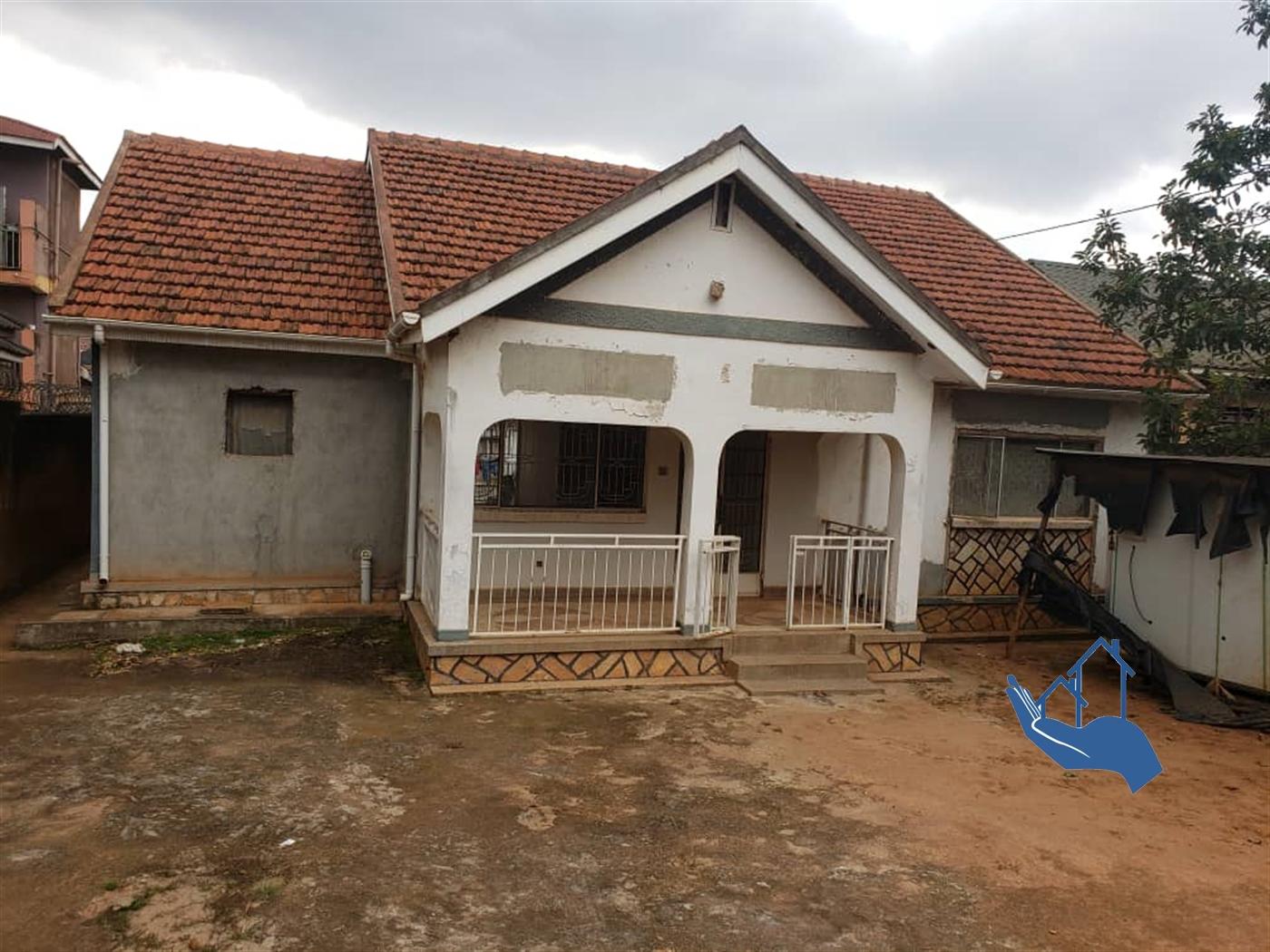 Bungalow for sale in Kamsanga Kampala