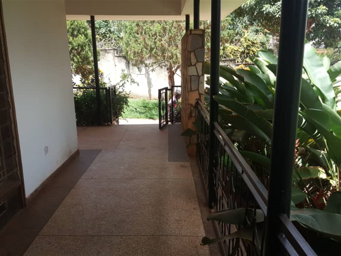 Bungalow for rent in Muyenya Kampala