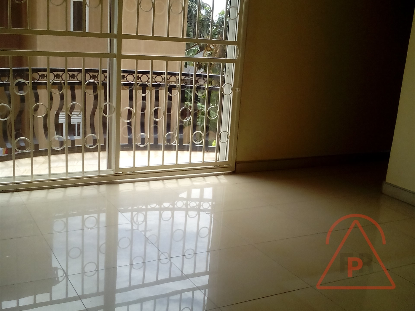 Villa for rent in Bukoto Kampala