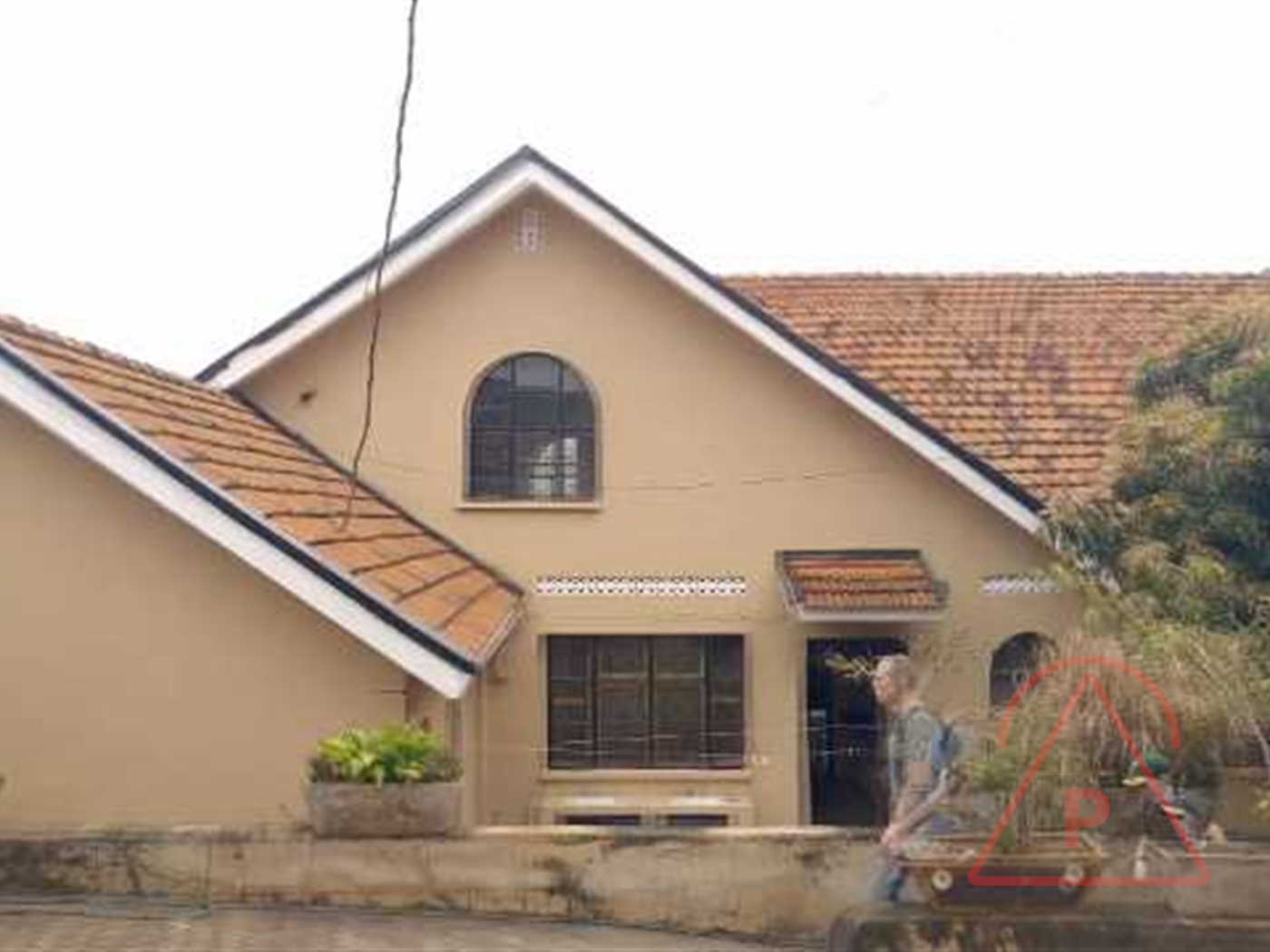 Bungalow for rent in Bugolobi Kampala