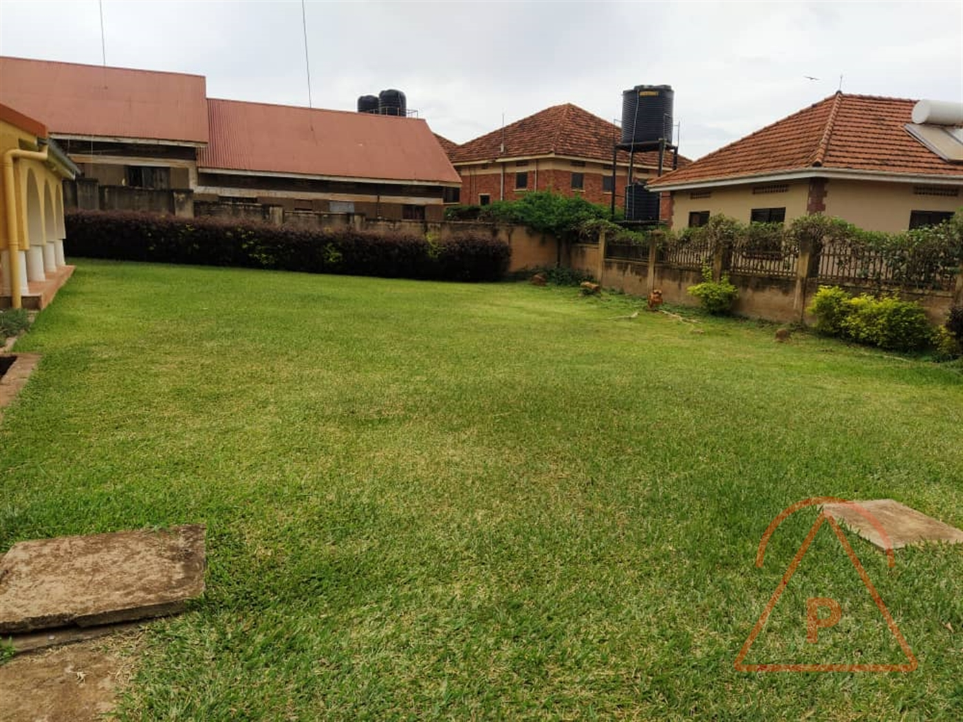 Mansion for sale in Kisaasi Kampala