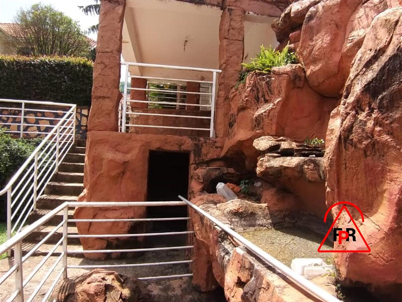 Storeyed house for rent in Kololohill Kampala