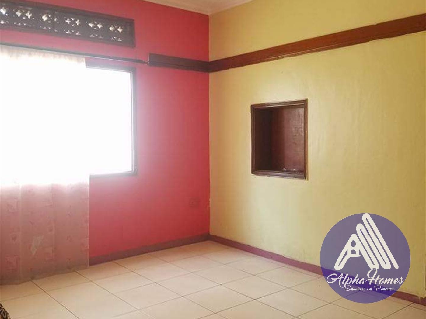 Semi Detached for rent in Bukoto Kampala