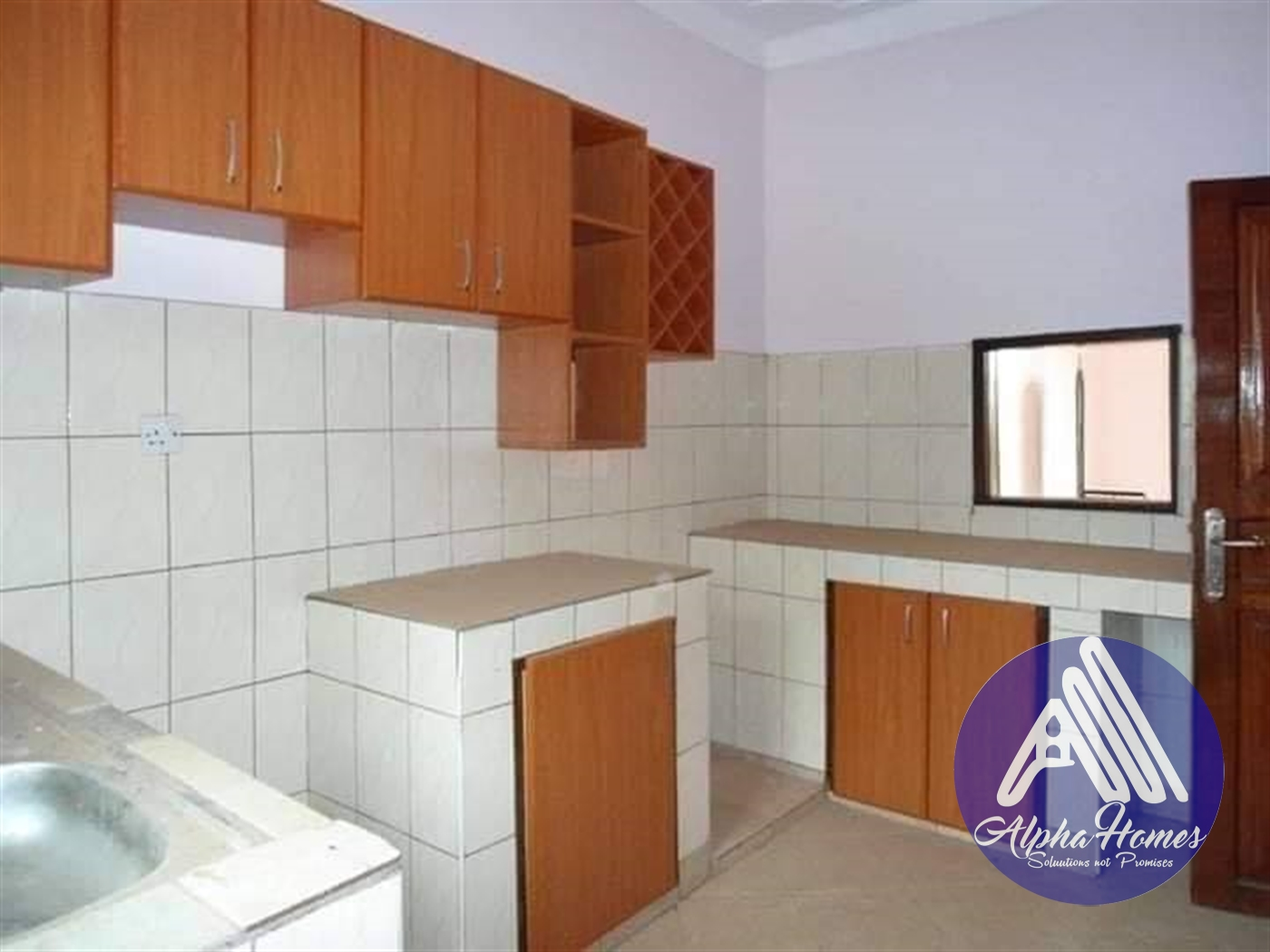 Semi Detached for rent in Bweyogerere Kampala