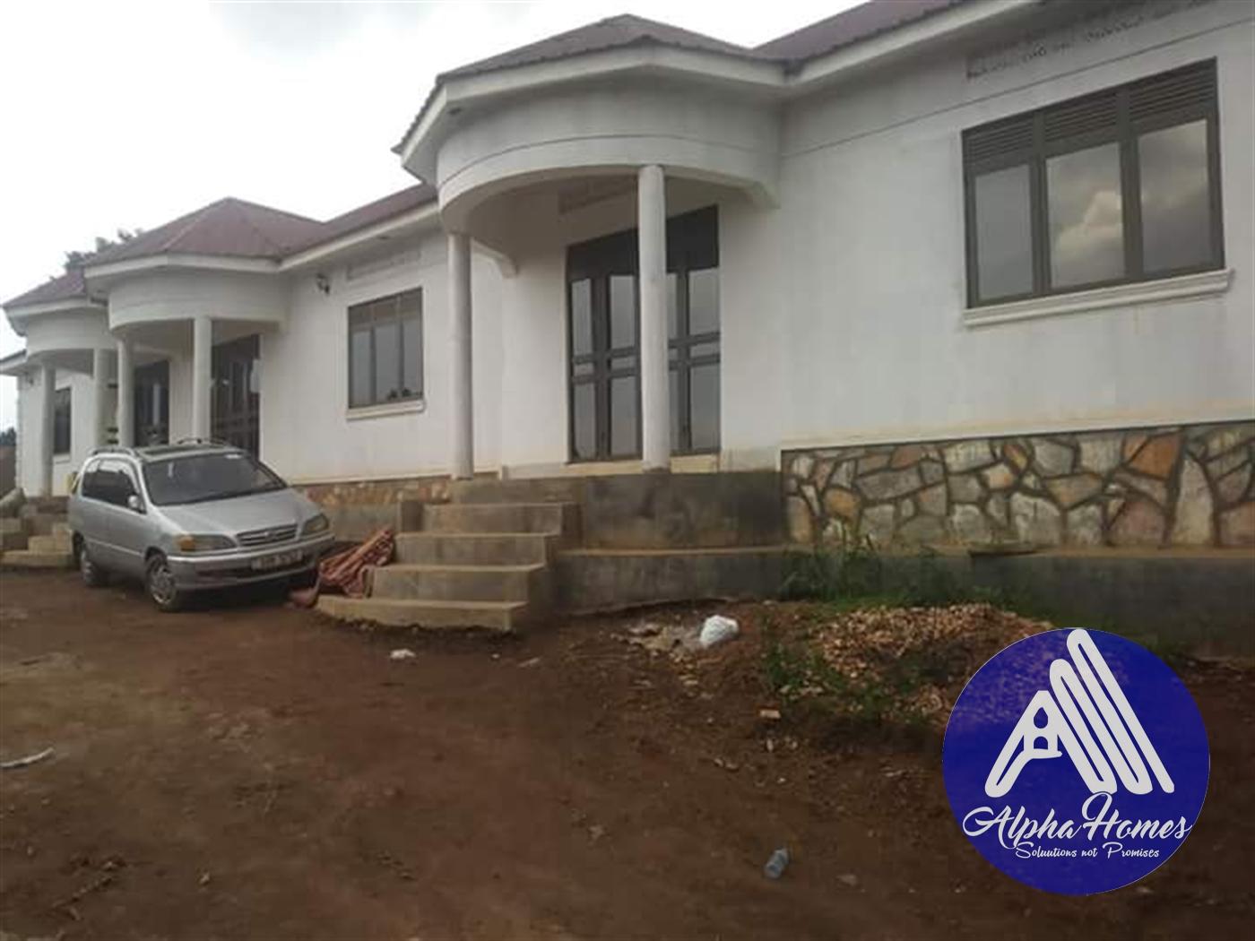 Semi Detached for rent in Mpelerwe Wakiso