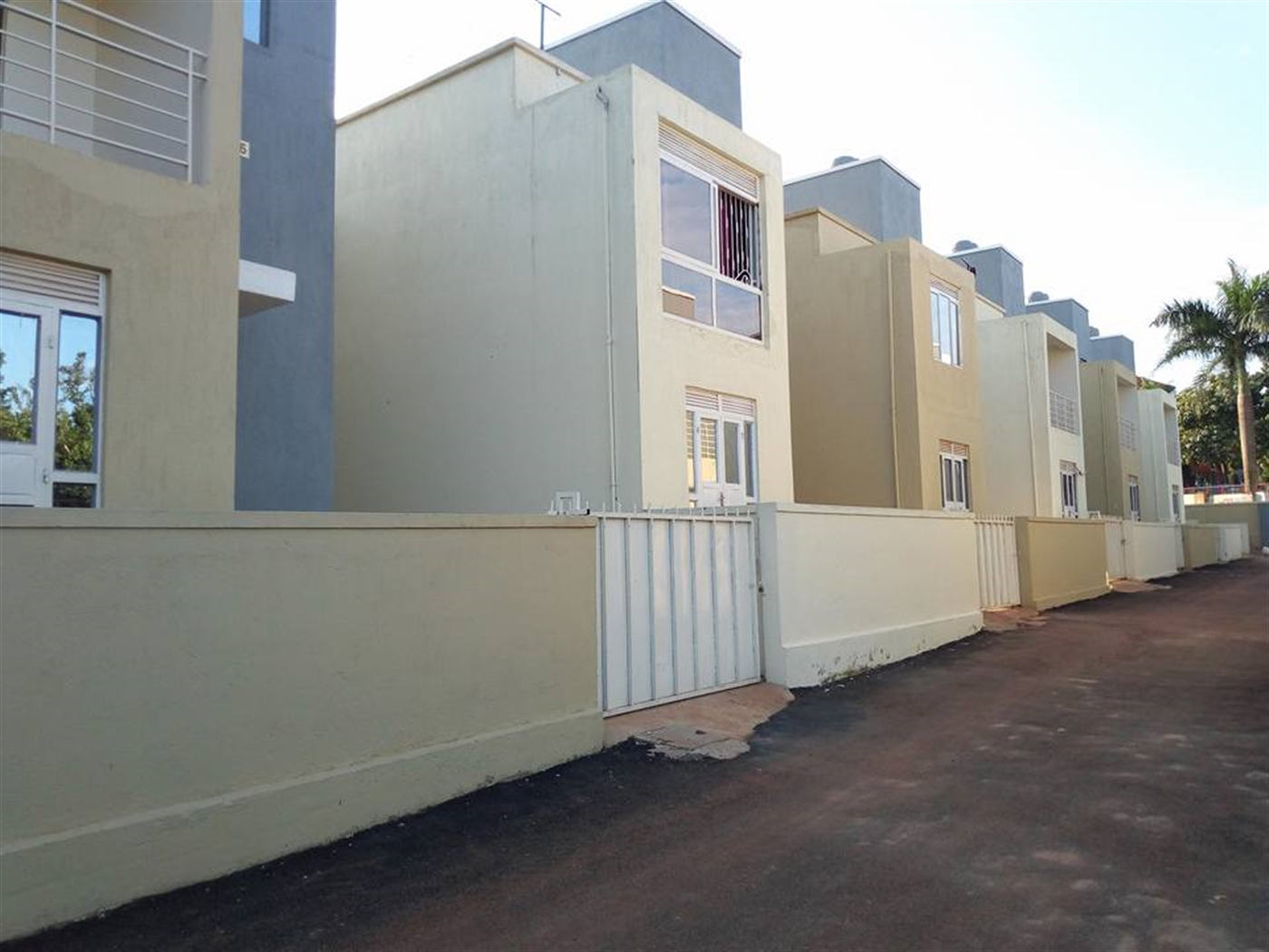 Duplex for sale in Najjeera Wakiso