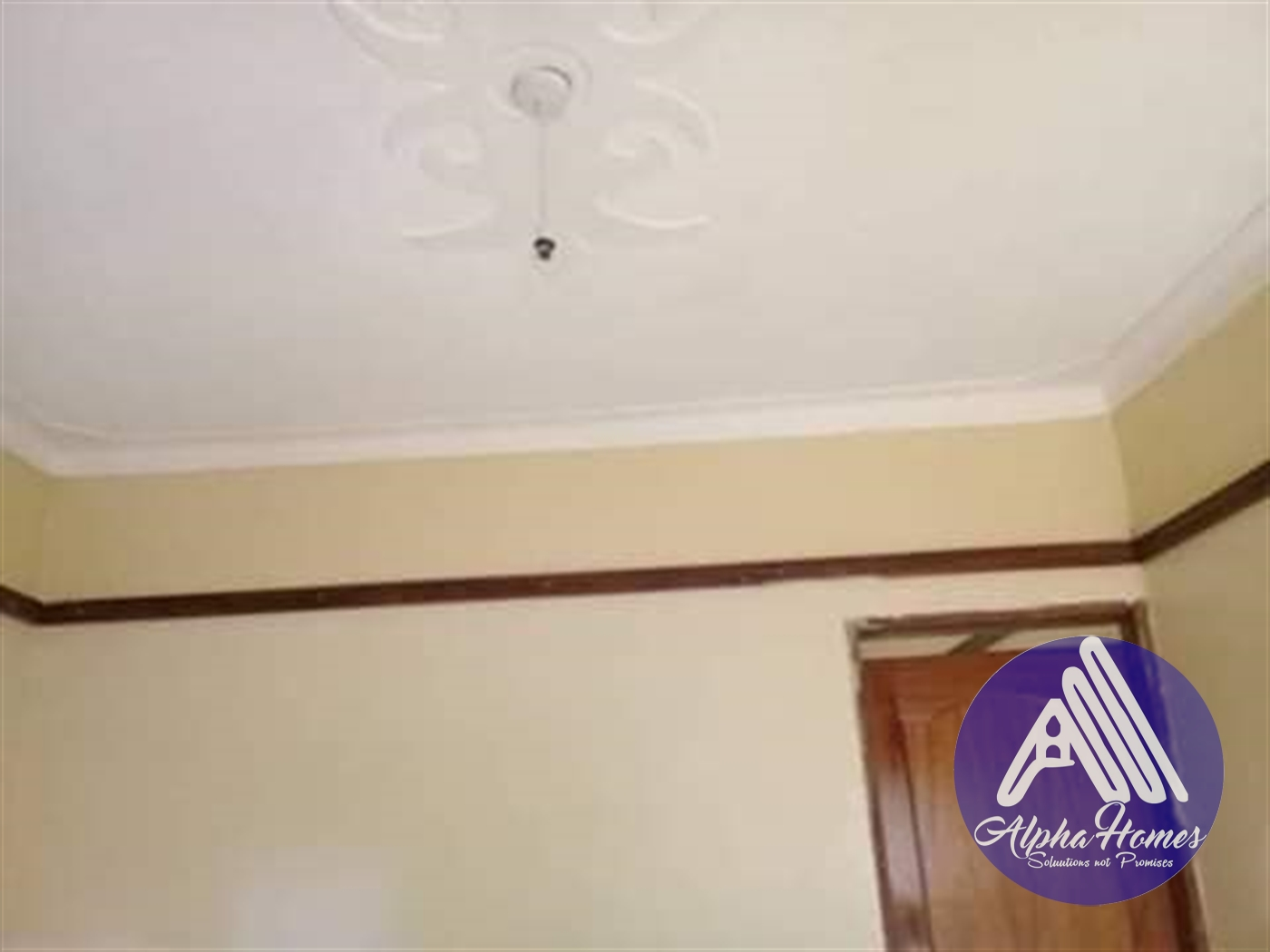 Apartment for rent in Kanyanya Wakiso