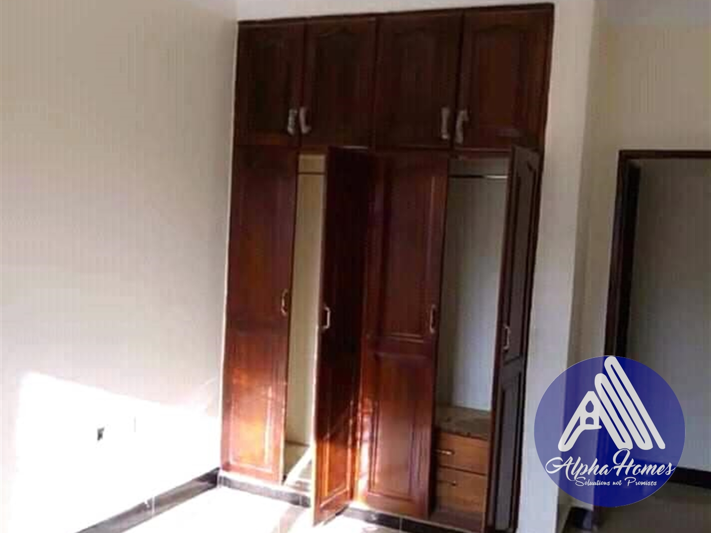 Semi Detached for rent in Kira Kampala
