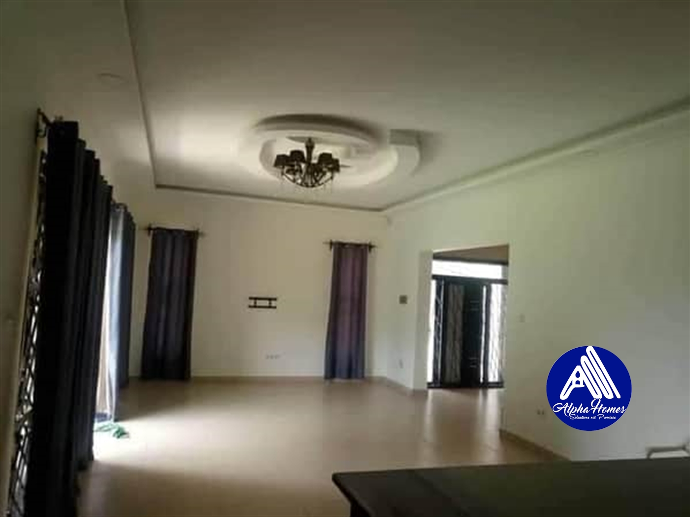 Mansion for rent in Kisaasi Kampala