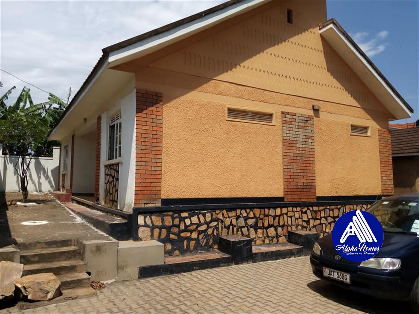 Bungalow for rent in Kyaliwajjjala Wakiso