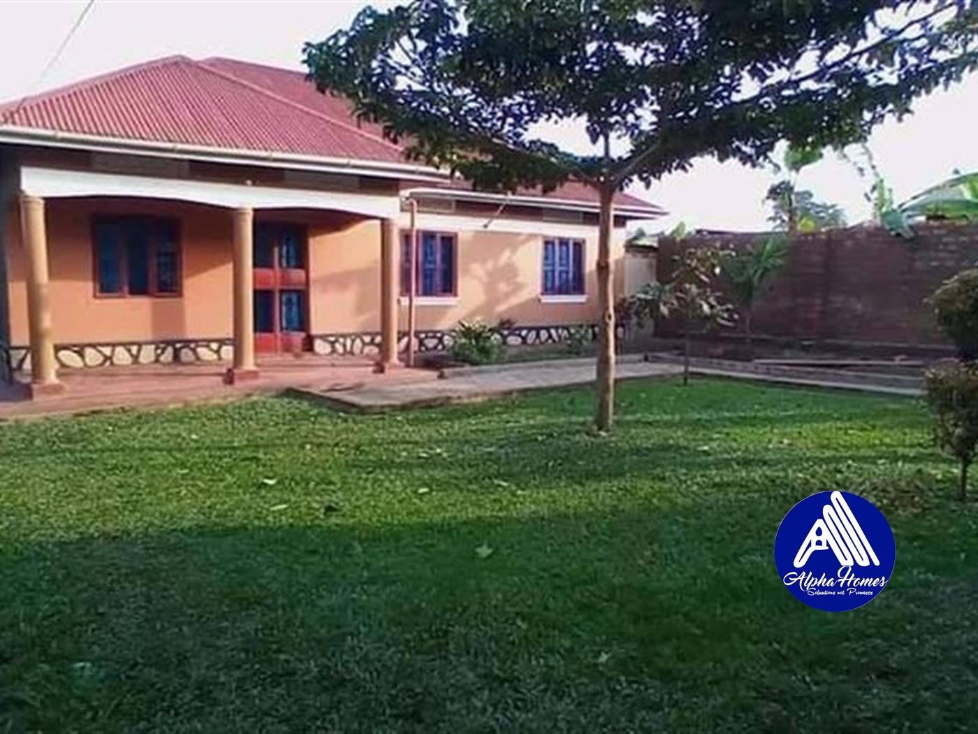 Bungalow for sale in Kasangati Wakiso