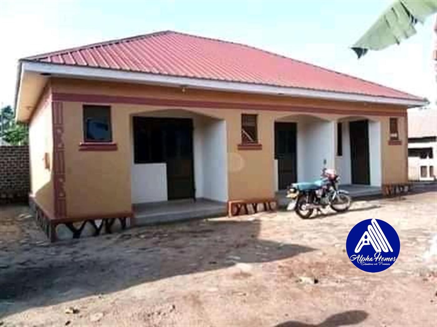 Semi Detached for rent in Wampeewo Wakiso