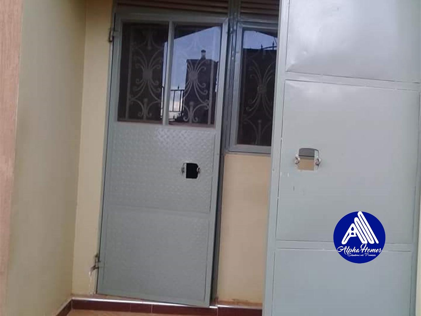 Semi Detached for rent in Mpererwe Kampala
