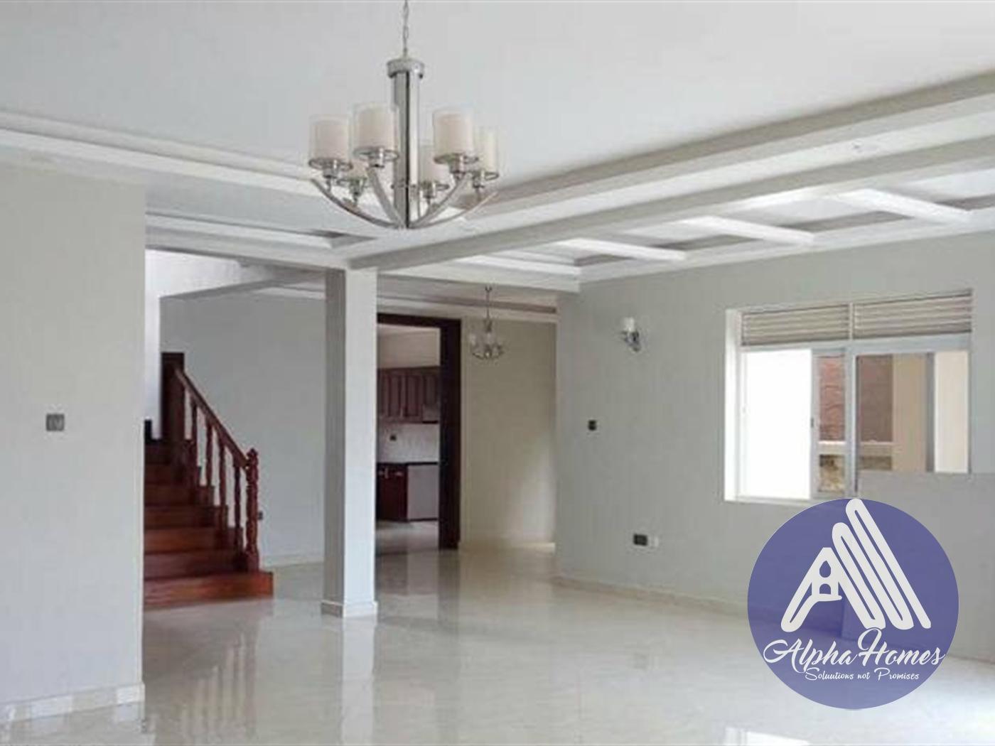 Villa for sale in Muyenga Wakiso